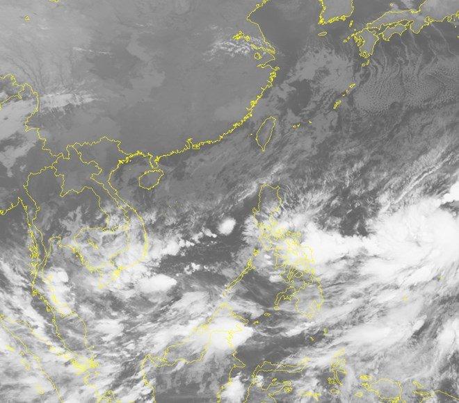 Bắc Bộ tạnh ráo, vùng biển ngoài khơi Trung Bộ có gió giật cấp 7-8