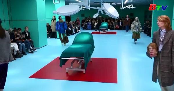 Gucci mê hoặc khán giả Tuần lể thời trang Milan