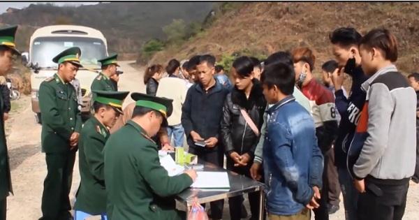 Tạm dừng cấp giấy phép mới cho lao động từ vùng có dịch