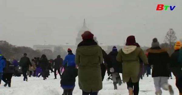 Tưng bừng trận chiến tuyết tại Mỹ