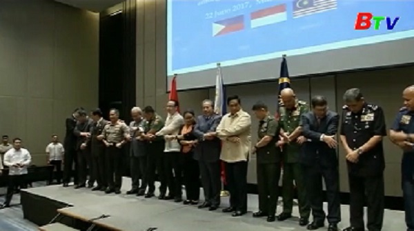 Philippines, Malaysia, Indonesia cam kết hợp tác chặt chẽ chống IS