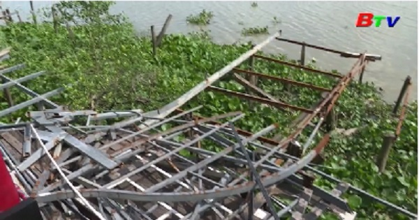 Cần có lộ trình để xử lý vi phạm lấn chiếm đất ven sông
