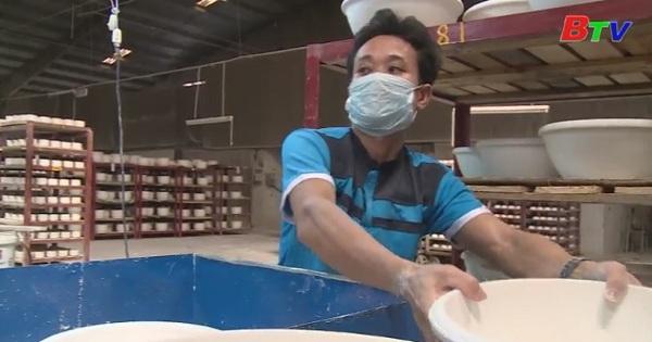 Doanh nghiệp đẩy mạnh xuất khẩu hàng hóa cuối năm