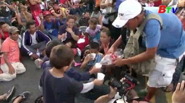 3.000 người Honduras đi bộ xuyên Trung Mỹ tìm giấc mơ đổi đời
