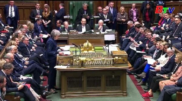 Thủ tướng Anh khẳng định trì hoãn Brexit sẽ không giúp được gì