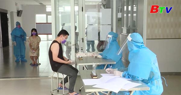 Huyện Bàu Bàng - Cử tri khu cách ly y tế sớm hoàn thành quyền bầu cử