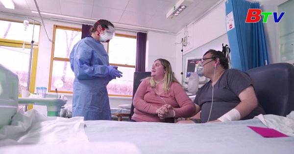 Anh Quốc - Đám cưới đặc biệt của bệnh nhân covid-19
