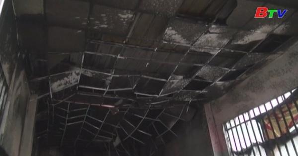 Điều tra nguyên nhân một vụ cháy nhà nghỉ