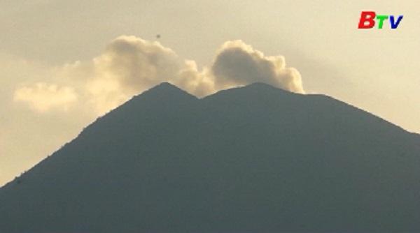 Hơn 34.000 người sơ tán đề phòng núi lửa phun trào tại đảo Bali