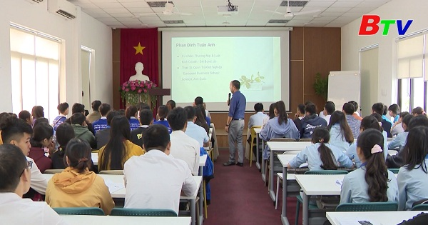 Định hướng khởi sự và quản trị doanh nghiệp cho học sinh, sinh viên
