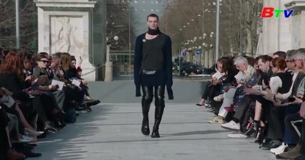 Giám đốc sáng tạo mới của Bottega Veneta giới thiệu bộ sưu tập đầu tiên cho hãng tại Milan Fashon Week