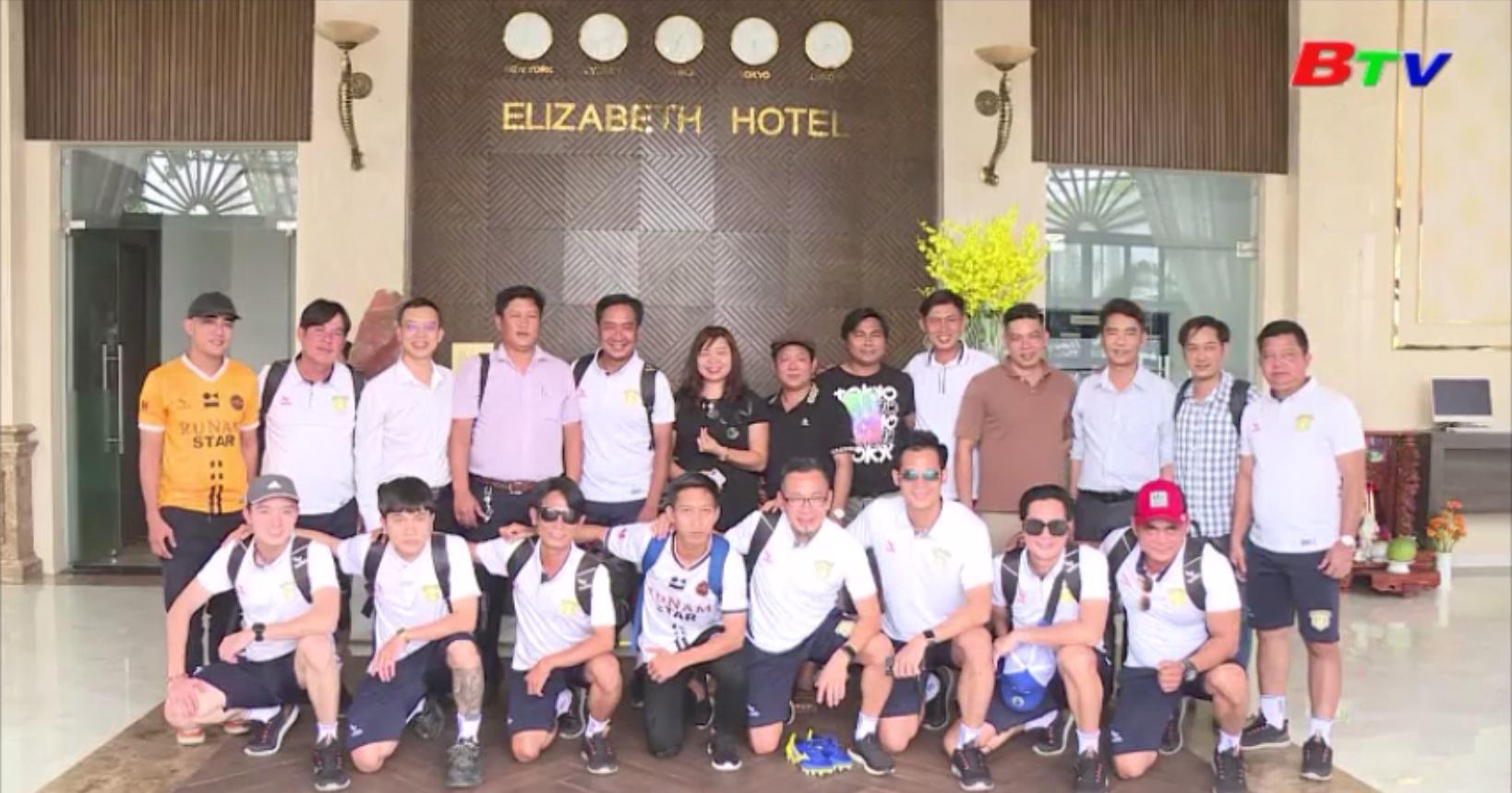 Khách sạn Elizabeth Bình Dương tổ chức giao hữu bóng đá gây quỹ từ thiện xây dựng 2 căn nhà tình thương