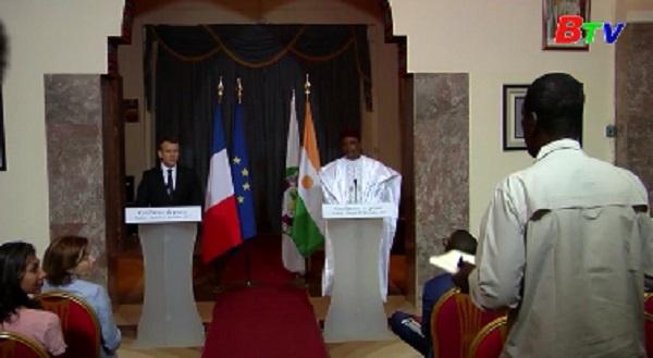 Tổng thống Pháp tuyên bố củng cố quân sự ở châu Phi, chống khủng bố