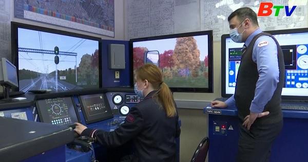 Những nữ tài xế xe điện ngầm đầu tiên ở Nga