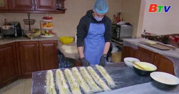 Biến tấu món bánh Knafeh nổi tiếng ở Jordan