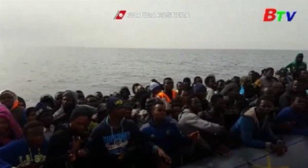 Hơn 2.750 người được cứu trên biển Địa Trung Hải chỉ trong 4 ngày