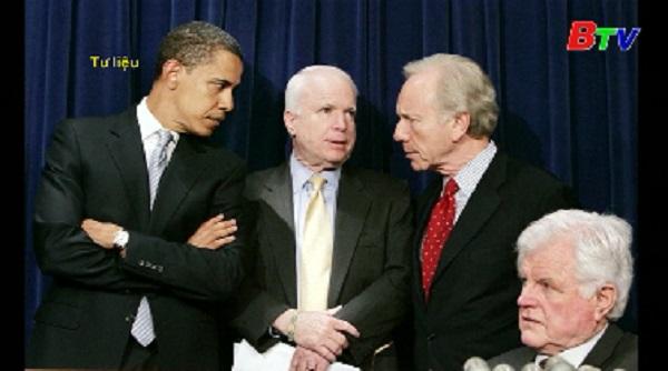 Thượng nghị sĩ Hoa Kỳ John McCain qua đời ở tuổi 81