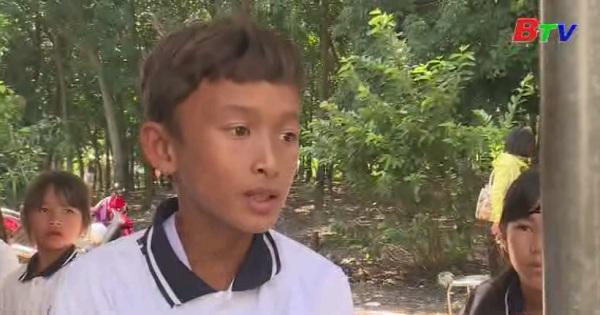 Hỗ trợ lớp học tình thương làng Bè - Dầu Tiếng