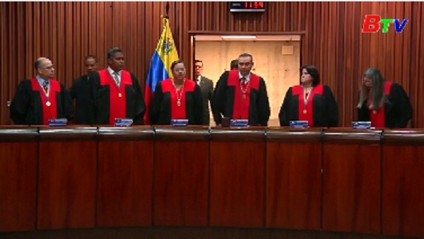Tòa tối cao Venezuela loại phe đối lập khỏi cuộc tổng tuyển cử