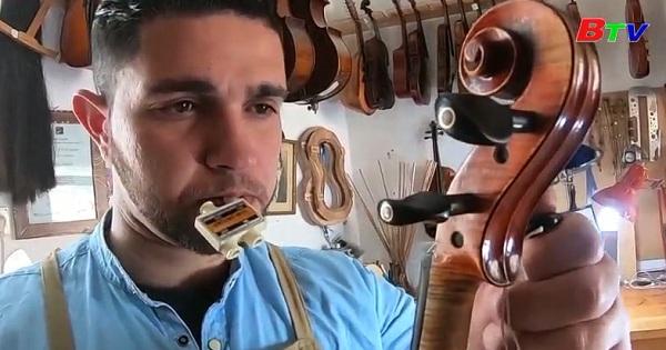 Nhạc cụ Palestine vươn ra thế giới âm nhạc