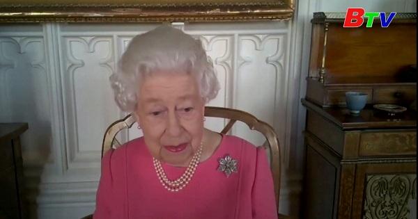 Nữ hoàng Anh chia sẻ việc tiêm ngừa vắc xin