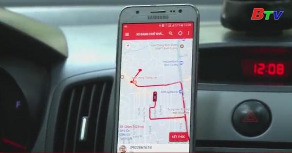 Taxi truyền thống và Uber grag thay đổi để tồn tại