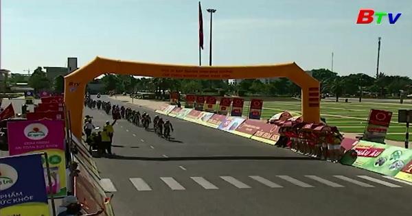 Tường thuật Giải xe đạp TH Bình Dương - Cúp Ống nhựa Hoa Sen (Chặng 4: Vòng quanh Quảng Trường 16/4 Thành phố Phan Rang)