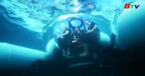 Du khách có thể đến thăm rạn san hô lớn nhất thế giới bằng tàu ngầm