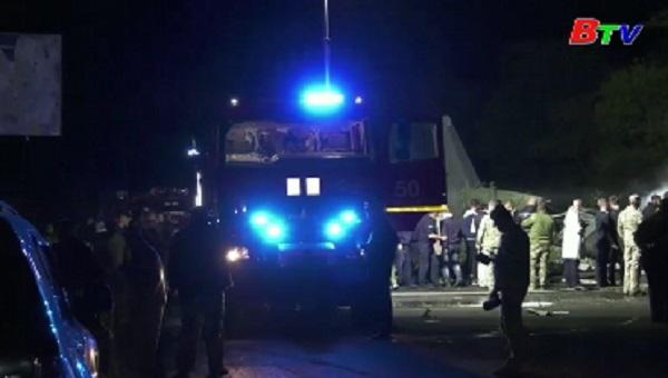 Ukraine kết thúc tìm kiếm nạn nhân trong tai nạn rơi máy bay