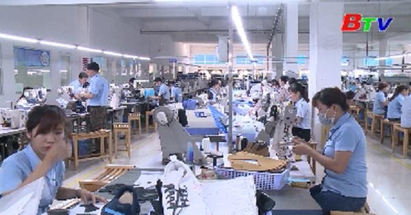 Ngành da giầy xuất khẩu đổi mới công nghệ