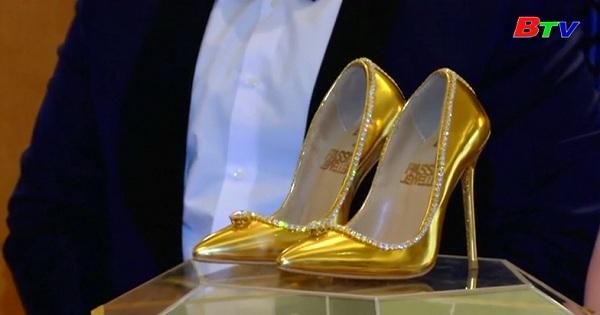 Đấu giá đôi giày đắt nhất thế giới ở Dubai