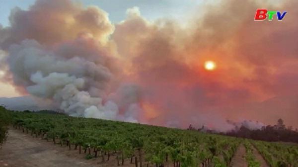Cháy rừng tiếp tục hoành hành tại bang California, Mỹ