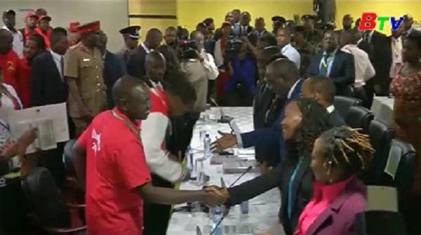 Tổng thống Kenya ra tranh cử tổng thống nhiệm kỳ thứ hai