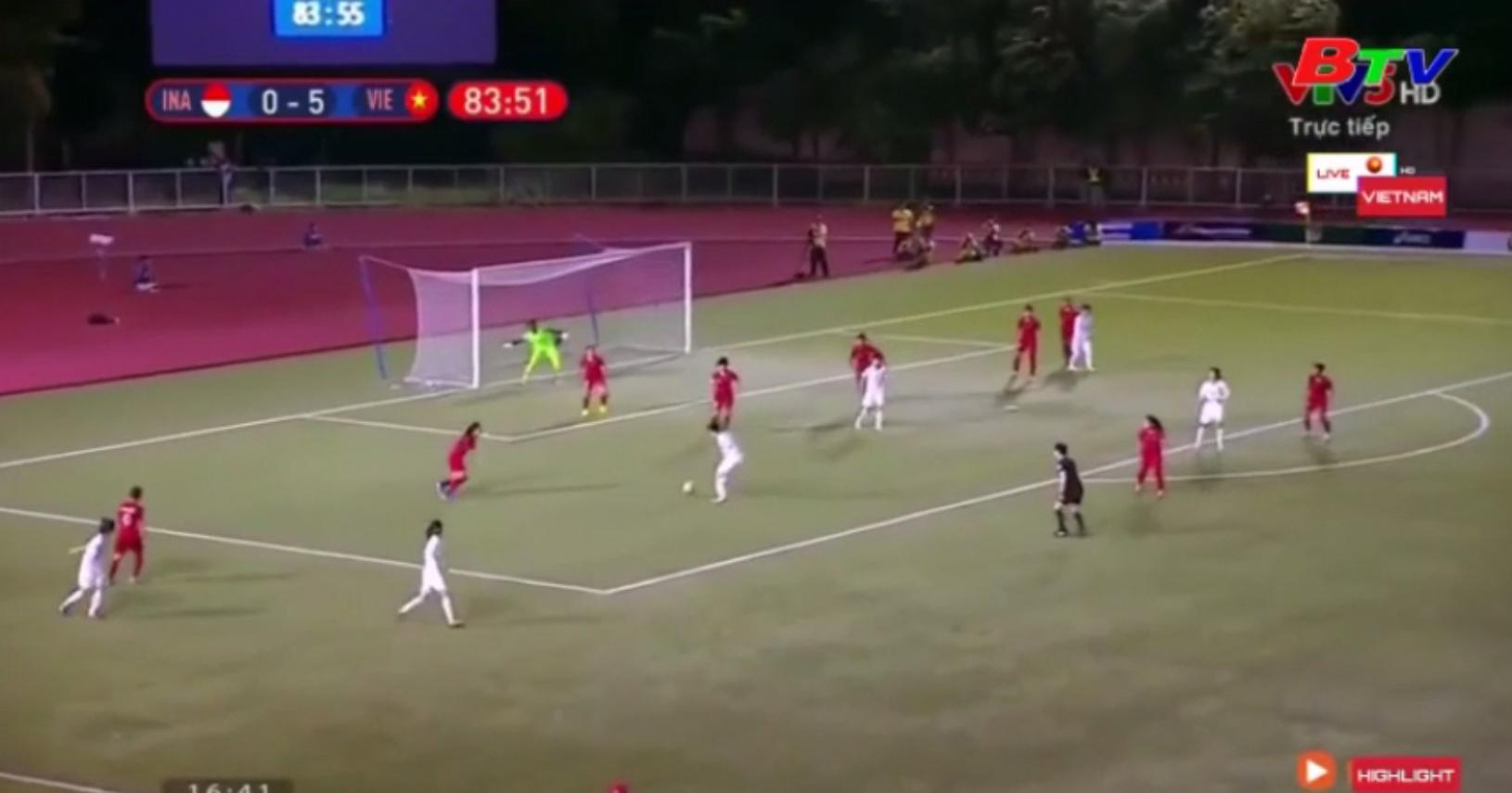 Đội tuyển nữ Việt Nam vào bán kết môn bóng đá nữ SEA Games 30