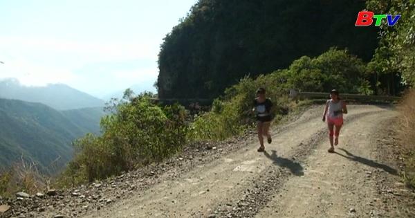 Cuộc chạy thường niên trên cung đường tử thần  ở Bolivia