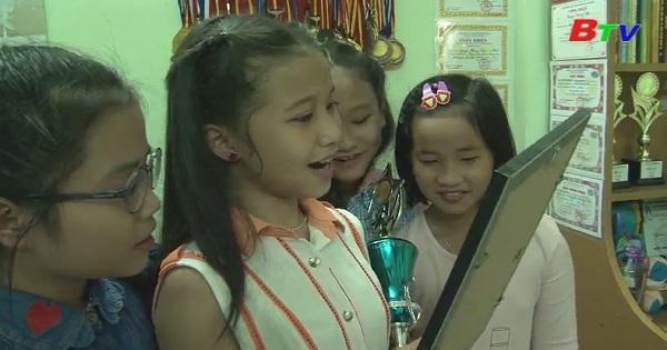 Nhịp cầu thân ái - Giao lưu với bạn Hoàng Vân (Phần 1)