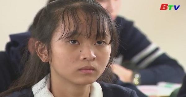 Thắp sáng ước mơ xanh - Em Đặng Nguyễn Hồng Hạnh, lớp 11A2, trường THPT Đơn Dương, huyện Đơn Dương, Lâm Đồng