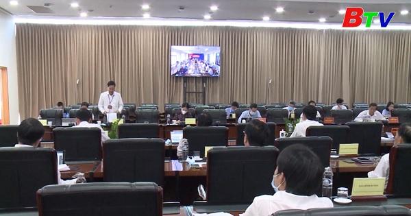 UBND tỉnh họp phiên thường kỳ tháng 2 /2021