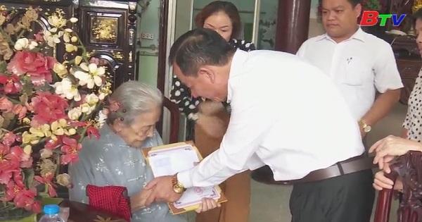 Bình Dương chăm lo tốt đời sống người cao tuổi
