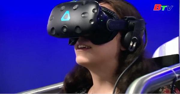 Khám phá Paris bằng công nghệ thực tế ảo