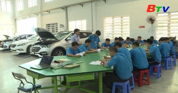 Đổi mới công tác đào tạo nghề ở trường Cao đẳng Việt Nam - Hàn Quốc tỉnh Bình Dương
