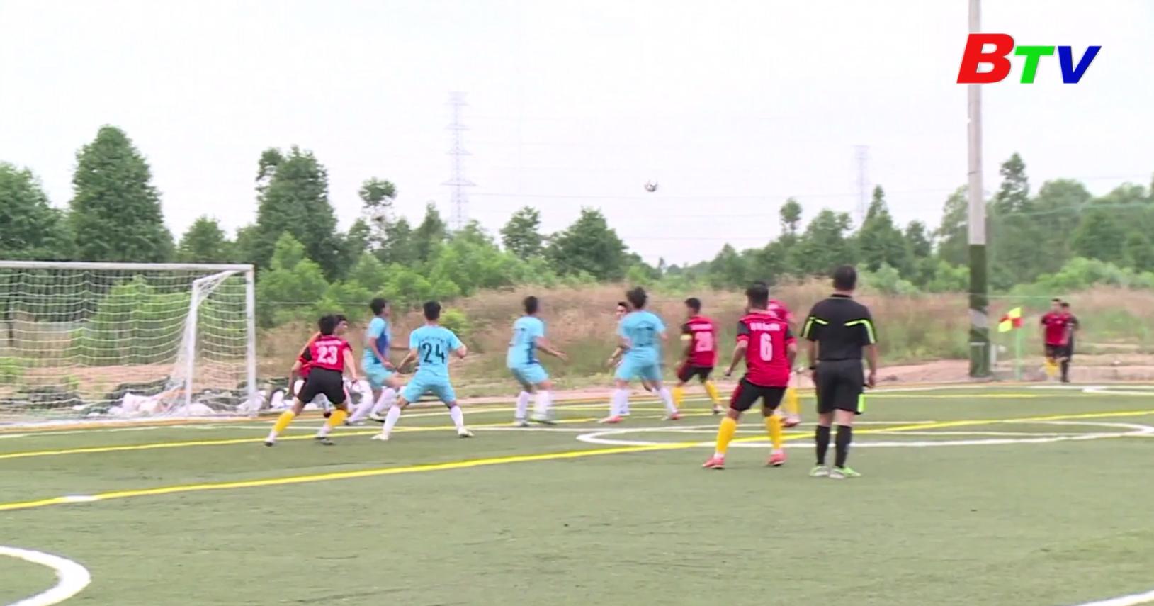 Giải bóng đá sinh viên tỉnh Bình Dương - Sân chơi sôi động của bóng đá phong trào