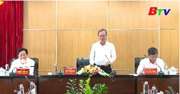 Tỉnh ủy họp nghe và cho ý kiến về các chương trình hành động thực hiện Nghị quyết