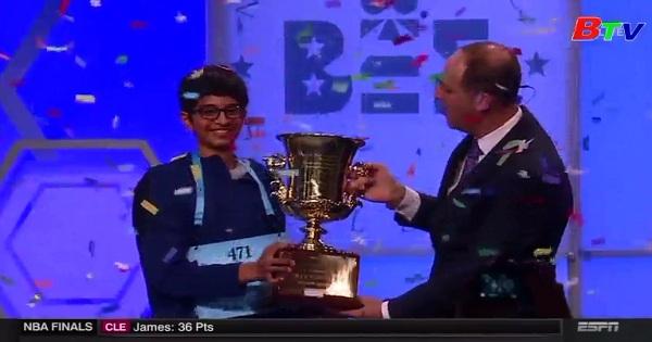 Cậu bé gốc Ấn chiến thắng trong cuộc thi đánh vần Quốc gia ở Mỹ