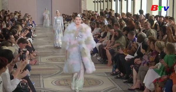 Bộ sưu tập thời trang cao cấp của Giorgio Armani Privé