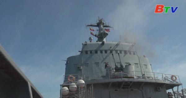 Nga diễn tập ném bom trên biển Đen