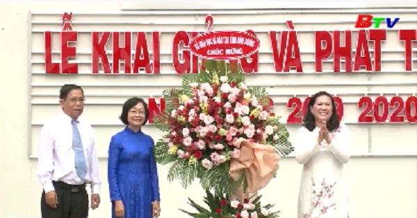 Trường THCS - THPT Nguyễn Khuyến khai giảng năm học mới