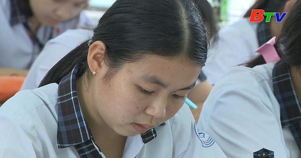 Thắp sáng ước mơ xanh - Em Nguyễn Thị Cẩm Duyên, học sinh lớp 12A1, trường THPT Tôn Đức Thắng, huyện Tân Phú, Đồng Nai