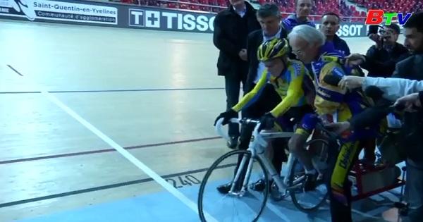 Lập kỷ lục đi xe đạp ở tuổi 105