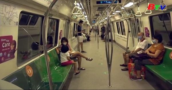 Covid-19 làm cho người dân Singapor sống chậm lại